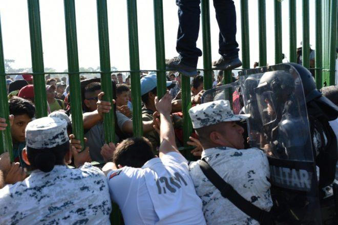 Llega nuevo éxodo centroamericano a frontera sur de México, la falta de claridad de autoridades migratorias genera tensión e incertidumbre